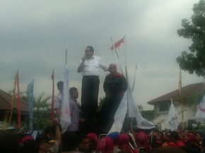 Ahmad Dahlan Janji UMK Batam Tidak Kurang dari Rp2,4juta